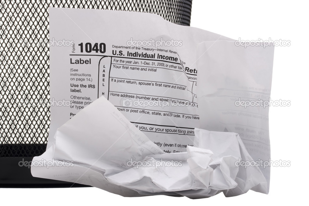 Crumpled form 1040 for filing tax returns in the U.S.. — Stock Photo #6814347