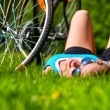 Woan and her bike — Stockfoto