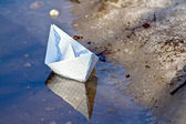 Barco de papel — Foto Stock