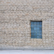 Foto Stock: Wall and window