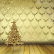 Christmas golden spruce in the old room, decorated with wallpape - Foto Stock