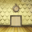 Antique clock face with lace on the wall in the room — Stockfoto