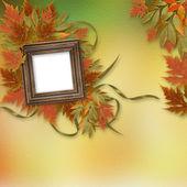 木製フラムで抽象的な背景に明るい秋の葉します。 — ストック写真