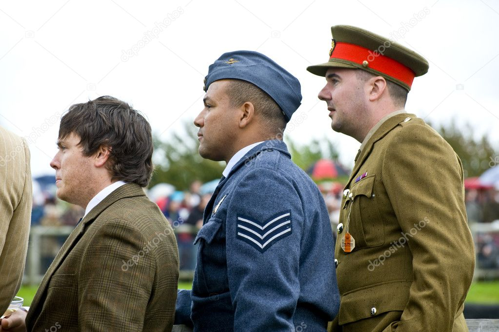Goodwood revival visitors, taken on September 2011 on Goodwood revial in UK — Stock Photo #6909864