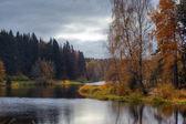Herfst lake — Stockfoto