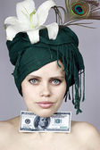 Girl with money — Stock Photo