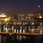 Night View at The Charles Bridge and Vltava river — Stock Photo