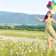 Fun in field of daisies — Stock Photo