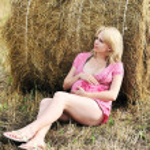 Pensive pregnant woman — Stock Photo