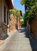 Old street in Antalya, Turkey — Stock Photo