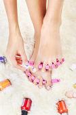 Füße in zeh-separatoren — Stockfoto