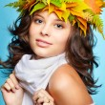 Girl in autumn garland — Stock Photo #7244814