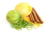 The composition of lemon, lime and cinnamon — Stock Photo
