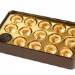 Chinese pu-erh tea in box — Stock Photo