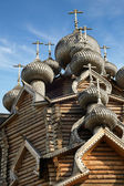 Cupolas of wooden Christ Orthodox church — Stock Photo