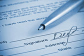 Handtekening. close-up van een pen. — Stockfoto