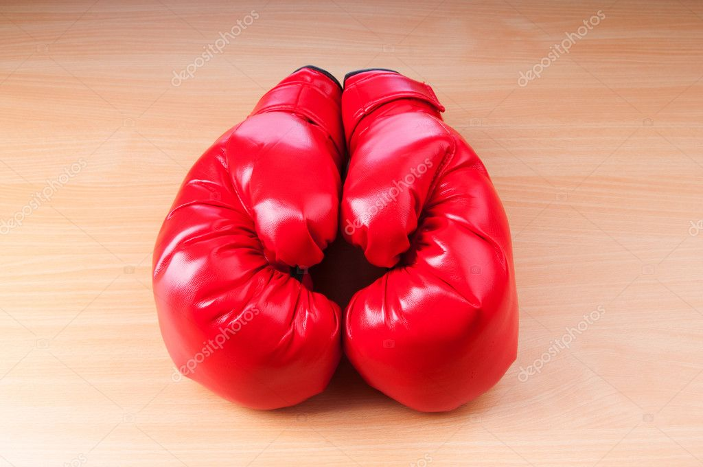 Boxing gloves on the table — Stock Photo #6844195