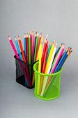 背景に色鮮やかな鉛筆 — ストック写真