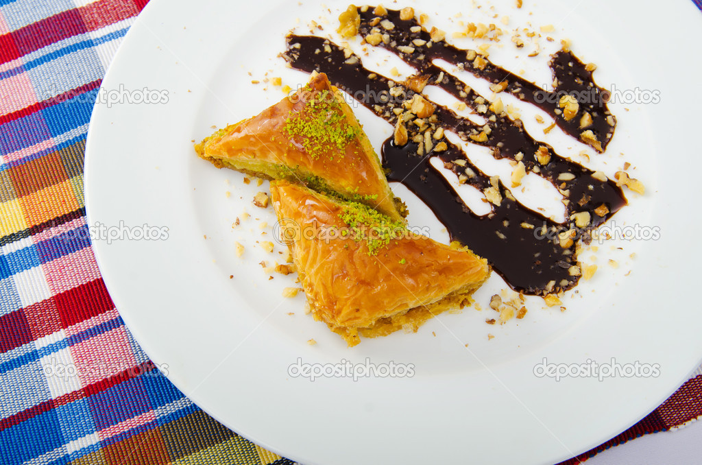 Traditional turkish sweet dessert — Stock Photo #7128874