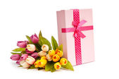 Giftbox and tulips isolated on white — Стоковое фото