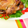 Roasted turkey on the festive table - Foto Stock