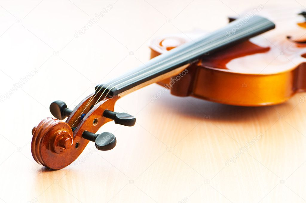 Music concept with violin — Stock Photo #7311390