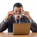 busissman werken op de laptop — Stockfoto #7883350