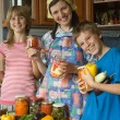 Amicable family on kitchen. — Stock Photo #7094993