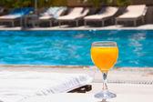 Vaso con jugo de naranja — Foto de Stock