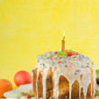 Easter cake with candles. Easter celebrating. — Stock Photo