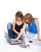Два студенты готовят для занятости — Стоковое фото