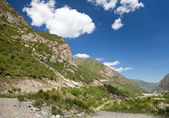 Paisaje de montaña. barranco de belagorka, kirguistán — Foto de Stock