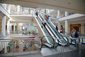 Escalator in the mall — Stock fotografie