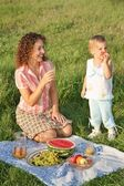 Mother and daughter on picnic — Stock Photo