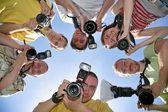 六个朋友与照相机 — 图库照片