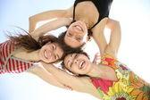 Mulheres abraçam o céu — Foto Stock