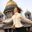 Girl against the Isaakievsky cathedral — Stock Photo