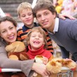 Family in shop with toys — Stock Photo