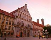Street in Munich in evening — Stock Photo