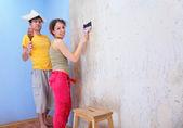 Couple repair room — Stock Photo