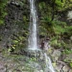 Beautiful hilly waterfall — Stock Photo