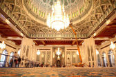 Grand mosque in Oman general view luxury interior — Stock Photo