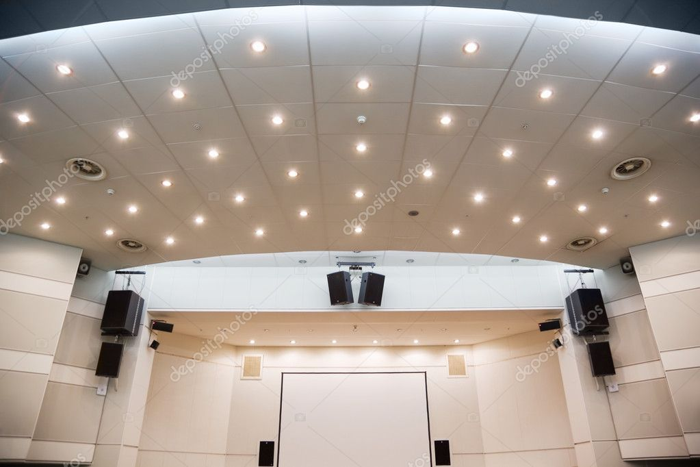 Video screen and an audiosystem for viewing of presentations — Stock Photo #7938789