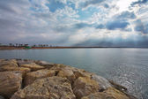 Havet, solen och molnen. — Stockfoto