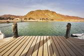 лодка причал в небольшое озеро в парке тимна — Стоковое фото
