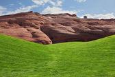 зеленое поле для гольфа — Стоковое фото
