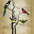Birds on tree on grunge background — Stock Photo #7946821
