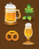 Collections for Octoberfest. Beer, hops and pretzel — Stock Vector