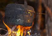 Black tourist kettle — Stock Photo