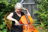 女大提琴家. — 图库照片